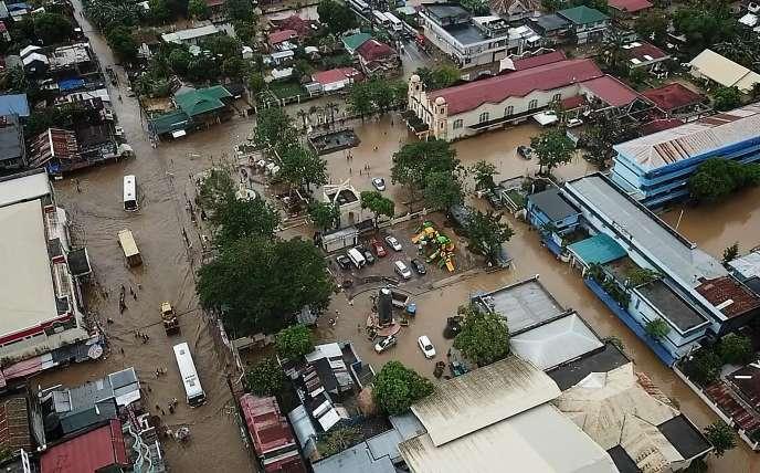 Vue de la ville de Baao, dans la province de Camarines Sur, le 30décembre.