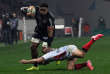 Le Toulousain Iosefa Tekori est taclé par le Toulonnais Louis Carbonel, le dimanche 30 décembre, à Toulouse.