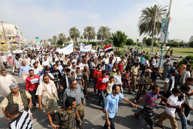 Manifestation pro-houthistes, à Hodeida, le 31 décembre.