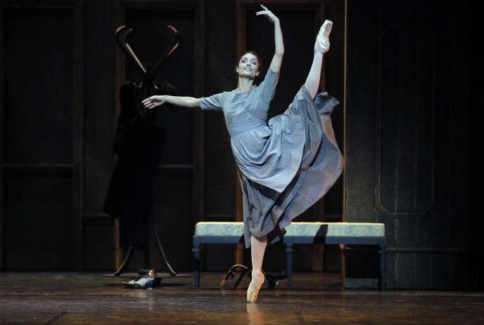 La danseuse étoile Dorothée Gilbert dans«Cendrillon» à l'Opéra Bastille, à Paris, le 23 novembre 2018.