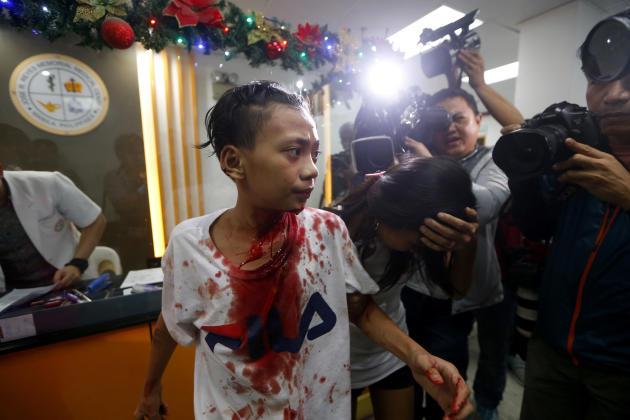 Aux Philippines, les célébrations du Nouvel An ont fait des dizaines de blessés. Ici, dans un hôpital de Manille.