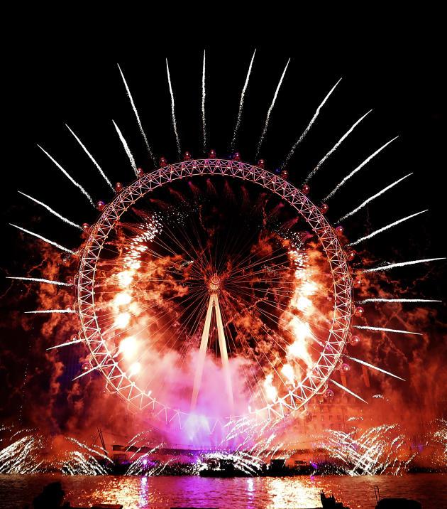 Le feu d'artifice à Londres.