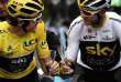Champagne pour Geraint Thomas et Chris Froome lors de la dernière étape du Tour de France 2018.