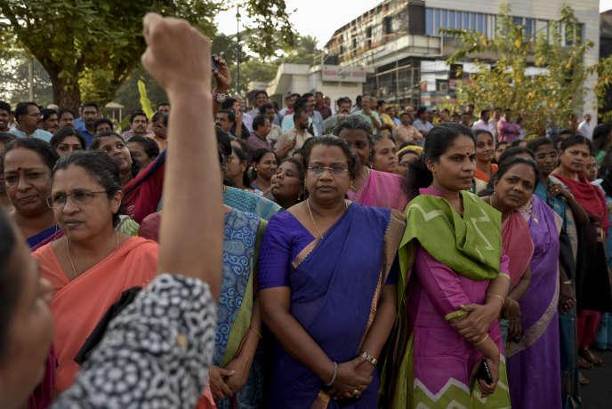 Des manifestantes qui prennent part au « Mur des femmes», àThiruvananthapuram (Etat du Kerala), en Inde, le 1er janvier 2019.