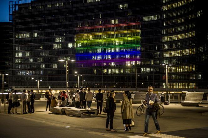 Au pied du Berlaymont, siège de la Commission européenne, à Bruxelles (ici lors de la Journée mondiale contre l'homophobie de 2017).