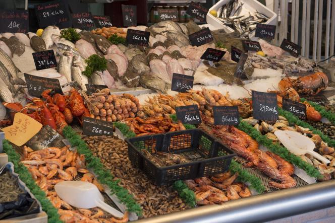 Etal de poissonnerie à Trouville-sur-Mer.