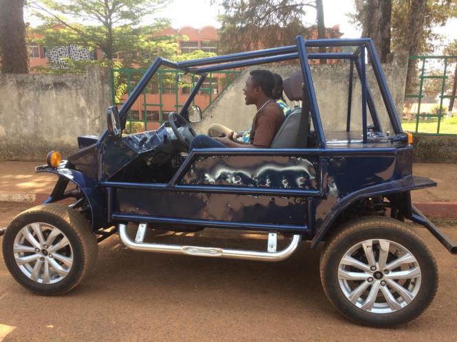 La SM237, première voiture fabriquée au Cameroun, à Baffousam, le 29décembre 2018.