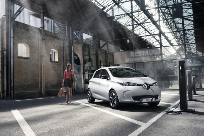 La Zoé de Renault affichant moins de 40 000 km au compteur se revend autour de 8 900 euros.
