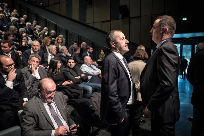 Jean-Guy Talamoni (à gauche), président de l'Assemblée de Corse, et Gilles Simeoni, président du conseil exécutif de Corse, à Bastia, avant le discours d'Emmanuel Macron, le 7 février 2018.