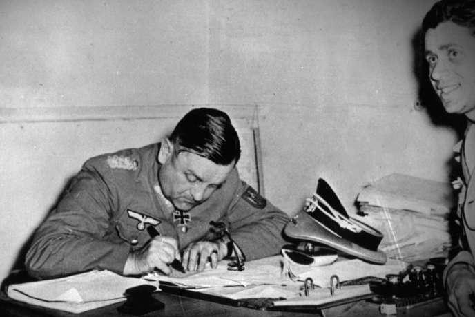 Le général Dietrich von Choltitzen 1944.
