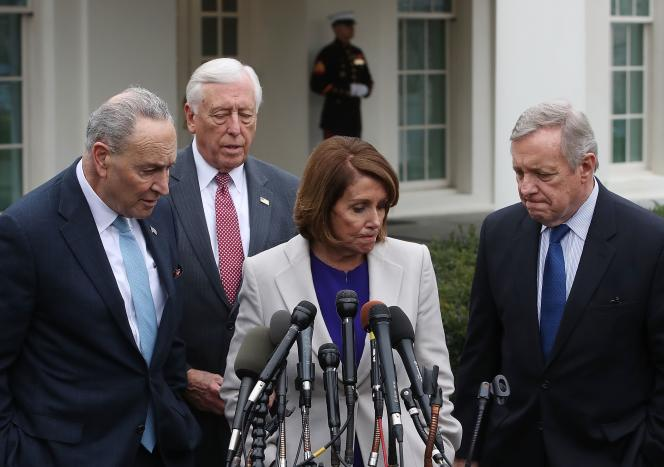 Les représentants démocrates après leur réunion avec Donald Trump sur le « shutdown», le 4 janvier à la Maison Blanche.