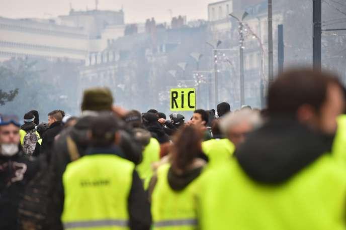 Manifestation des « gilets jaunes» à Nantes, le 5 janvier 2019.