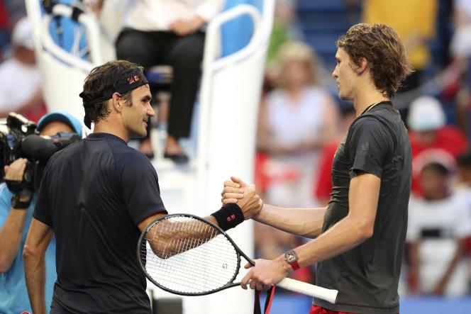 Roger Federer et Alexander Zverev samedi à Perth.