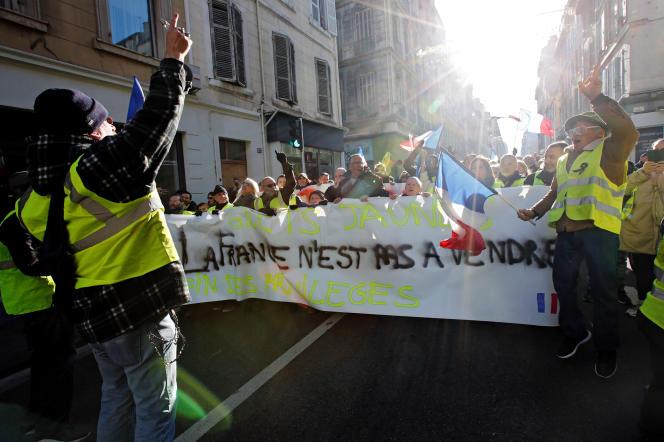 La manifestation des « gilets jaunes» à Marseille, le 5 janvier.