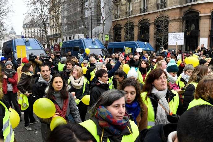 Manifestation à Paris, le 6 janvier.