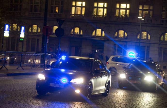 Le 22 mars 2016, des attentats-suicides, revendiqués par l'organisation Etat islamique, ont fait 32 morts et plus de 300 blessés à l'aéroport de Bruxelles et dans une station de métro de la capitale belge.