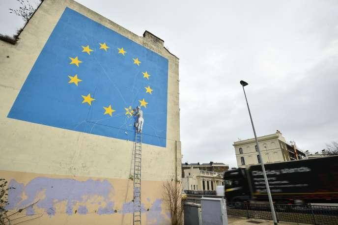 Une fresque murale de Banksy, à Douvres, le 7 janvier.