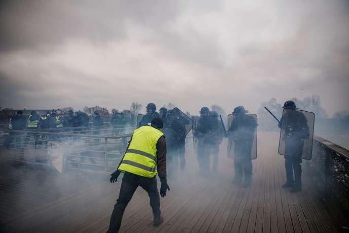 Des violences ont émaillé les manifestations des «gilets jaunes» pour l'acte VIII du mouvement, comme à Paris, le 5 janvier.