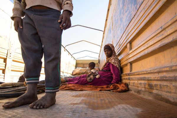 Mère de trois enfants , cette femme nigérienne originaire de Matamèye, au sud du Niger, a été expulsée d'Algérie alors qu'elle mendiait à Laghouat.