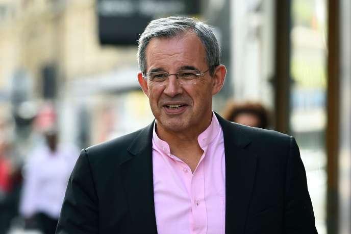 Thierry Mariani, devant le siège du parti Les Républicains, à Paris, en juillet2017.
