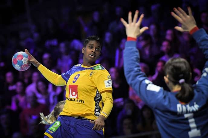 L'Euro 2018 de handball, en France, a été la dernière compétition de Loui Sand (ici face au Monténégro).