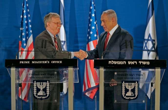 Leconseilleraméricain à la sécurité nationale, JohnBolton, lors de sa rencontre avec lepremier ministreisraélien, Benjamin Nétanyahou, à Jérusalem, le 6 janvier.
