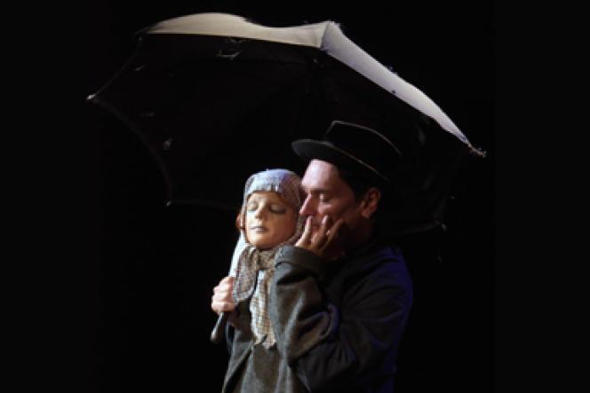 Alexandre Haslé dans «La Pluie» au Lucernaire en octobre 2016.