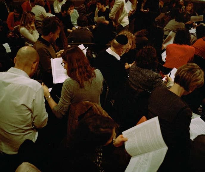 0fd4f710b2c514 Un atelier Tenou a, dans une école de la rue des Rosiers à Paris. ILYES  GRIYEB POUR M LE MAGAZINE DU MONDE