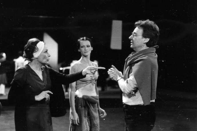 De droite à gauche : Yvette Chauvire, Dominique Khalfouni et Dominque Delouche en 1985. Image tirée des archives photos de Dominique Delouche.