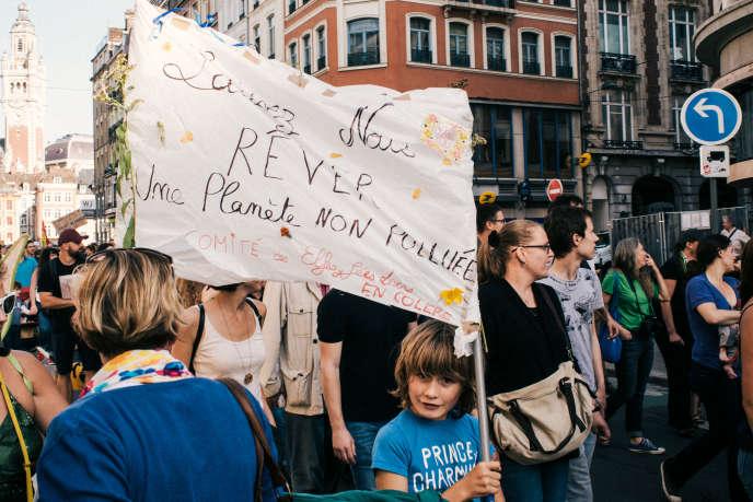 Marche citoyenne pour le climat, de la Grand Place à la place de La République, à Lille, le 13 octobre 2018.