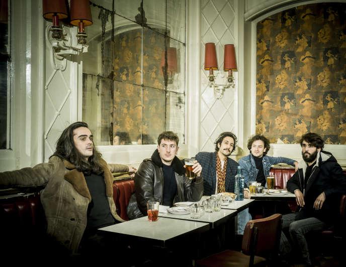 Feu! Chatterton au barChez Jeannette, rue du Faubourg-Saint-Denis à Paris,le 8 janvier.