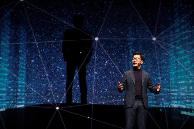 Lors de la conférence d'ouverture du CES de Las Vegas, I. P. Park (ici le 7 janvier), président et directeur technique du groupe sud-coréen LG, a expliqué que l'intelligence artificielle et la maison connectée allaient «ouvrir un nouveau chapitre dans l'histoire des technologies».