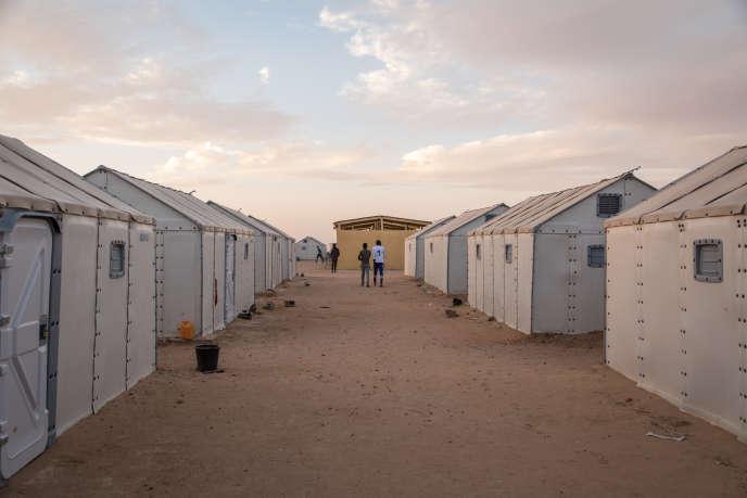 Un camp de réfugiés soudanais, implanté à 13 kilomètres d'Agadez par le Haut Commissariat aux réfugiés des Nations unies, où vivent plus de 1 500 personnes.