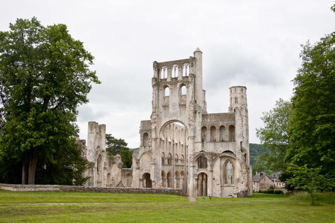 L'abbaye de Jumièges.