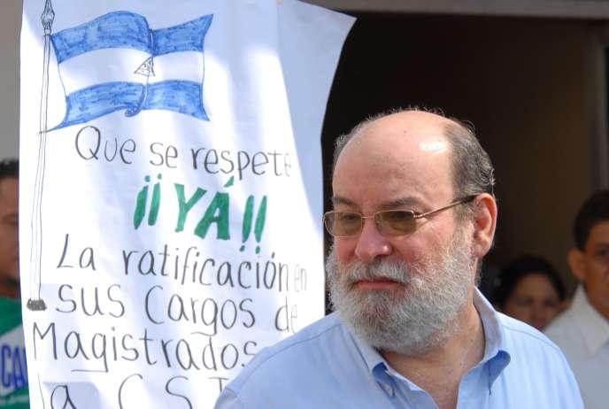 Le juge de la Cour suprême du Nicaragua, Rafael Solis, à Managua, le 15 avril 2010.