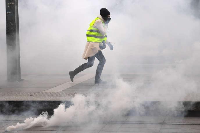 Lors de la manifestation des« gilets jaunes», à Bordeaux, le 5 janvier.