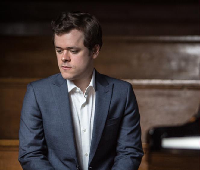 Le pianiste anglais Benjamin Grosvenor, 26 ans,interpétrera leConcerto n°2de Saint-Saëns les 17 et 19 janvier à l'Auditorium lyonnais.