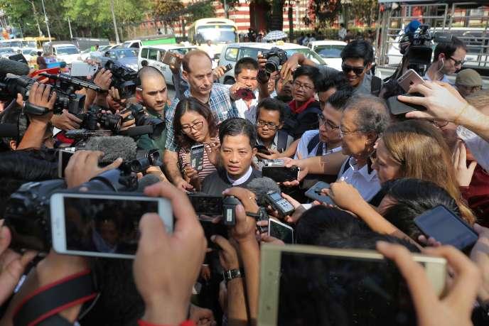 Than Zaw Aung, l'avocat desdeux journalistes birmans Wa Lone et Kyaw Soe Oo, de l'agence de presse Reuters, le 11 janvier à Rangoun.