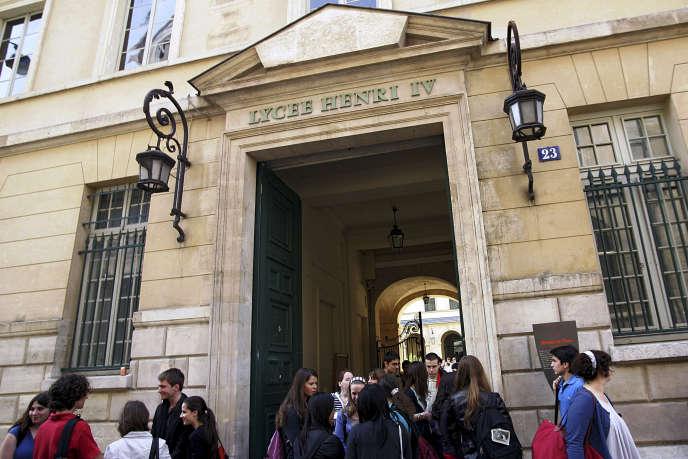 Le lycée parisien Henri IV décroche la deuxième place dans le palmarès des classes prépa scientifiques de physique-chimie qui obtiennent le meilleur taux de réussite sur cinq ans.
