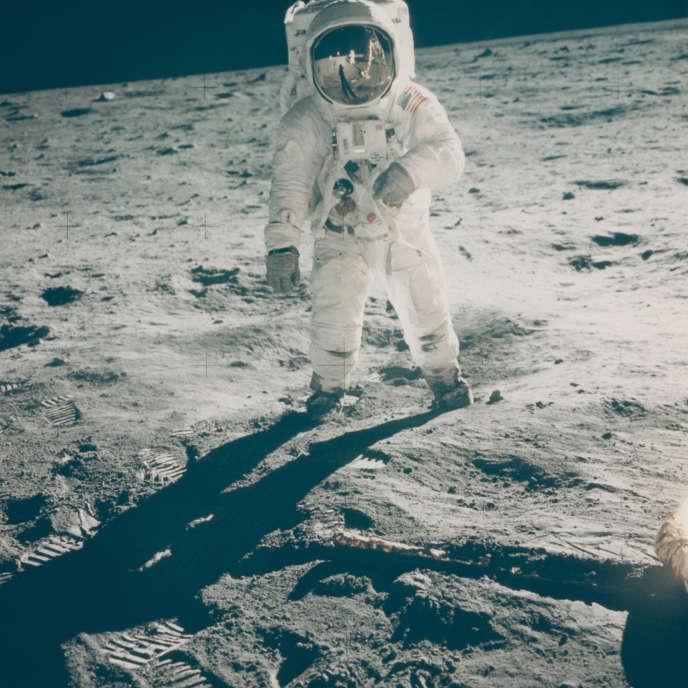 Portrait de Buzz Aldrin marchant sur la Lune, en juillet 1969.