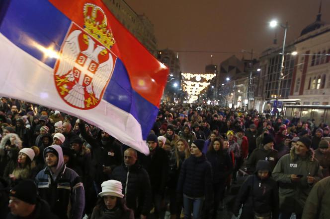 Manifestation contre le président Aleksandar Vucic à Belgrade, le 12 janvier.