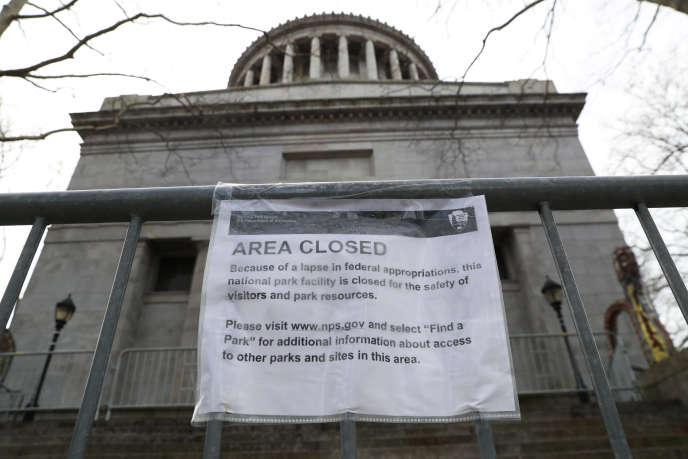 Le General Grant National Monument fermé à New York en raison du shutdown du gouvernement américain, le 12 janvier.