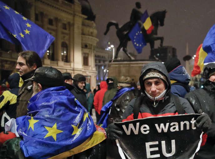 Manifestation pro-européenne à Bucarest, le 10 janvier.