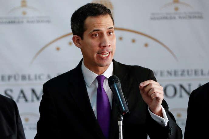 Juan Guaido, président de l'assemblée nationale, et membre du principal parti d'opposition, lors d'une conférence de presse à Caracas, le 10 janvier 2019.