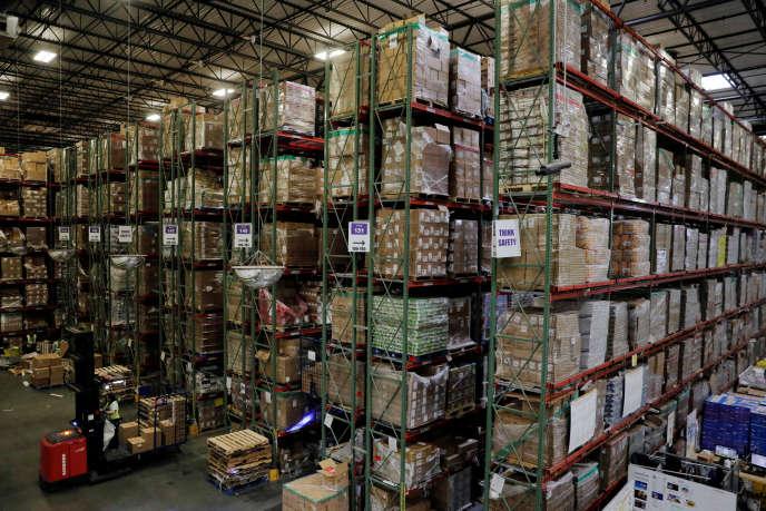 « Pour tenir ses délais de livraison, clé de son succès, Amazon stocke les produits dans ses entrepôts. Le seul problème, ce sont les invendus.»