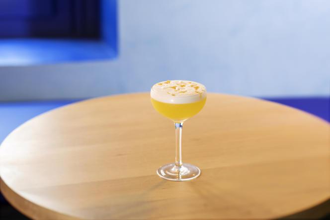 Le Clementine express du Botanero : apéritif sans alcool à la gentiane, sirop de clémentine maison, citron jaune, blanc d'œuf et zestes de clémentine râpés.