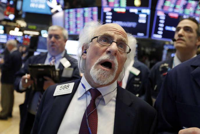 A Wall Street et ailleurs, l'incertitude inhérente aux phénomènes de flux, d'estimations d'économistes, d'analystes, de perceptions des investisseurs, reprend ses droits.