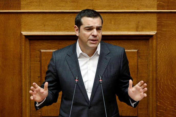 Alexis Tsipras, le premier ministre grec, s'adresse aux députés lors d'une session parlementaire sur le vote de confiance à Athènes, enGrèce, le15janvier2019.