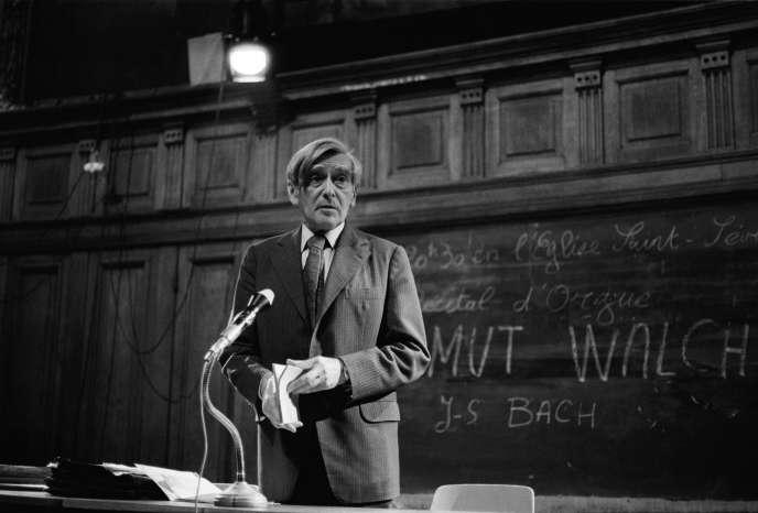 Vladimir Jankélévitch lors d'un cours à la Sorbonne, dans les années1970, à Paris.