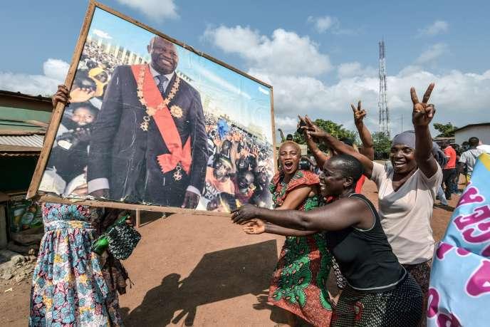 Célébration de l'acquittement de Laurent Gbagbo par la CPI, à Abidjan, le 15 janvier.